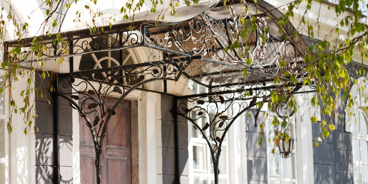 How to Prepare Your Exterior Doors for Summer Weather